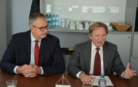 دیدار هیئت اقتصادی تجاری استان کهگیلویه و بویراحمد با رئیس اتاق بازرگانی براتیسلاوا/ گزارش تصویری