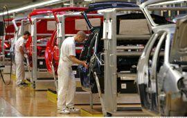 حضور هیئت تجاری اقتصادی کهگیلویه و بویراحمد در اسلواکی/ بازدید از کارخانه فولکس واگن
