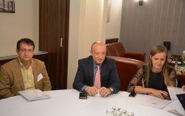 حضور هیئت تجاری اقتصادی کهگیلویه و بویراحمد در اسلواکی/ دیدار با رئیس سازمان سرمایه گذاری اسلواکی SARIO